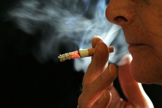 Зошто некои луѓе кои пушат цигари живеат долго